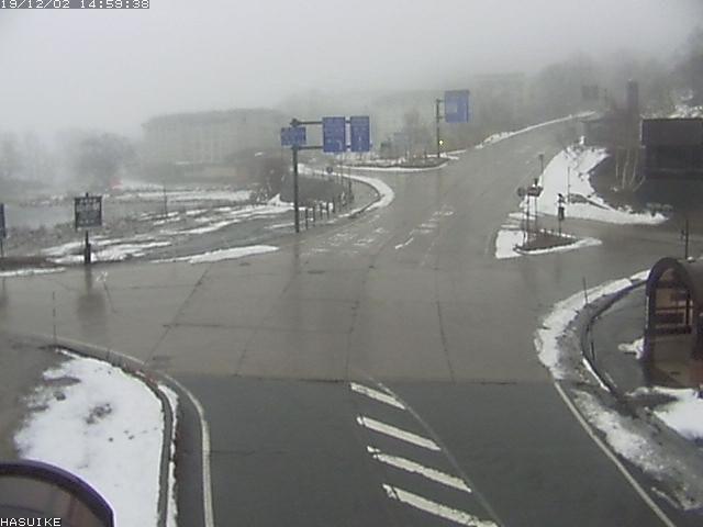 2019年12月2日、志賀高原の道路写真